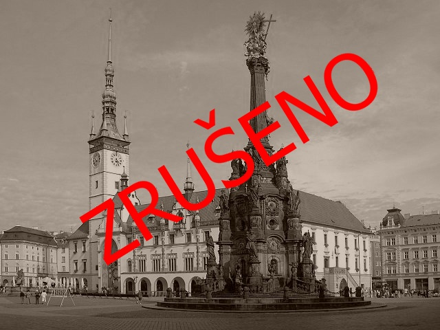 640px-Olomouc-Horní_náměstí