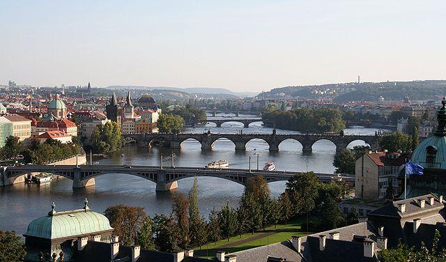 640px-Vltava_in_Prague